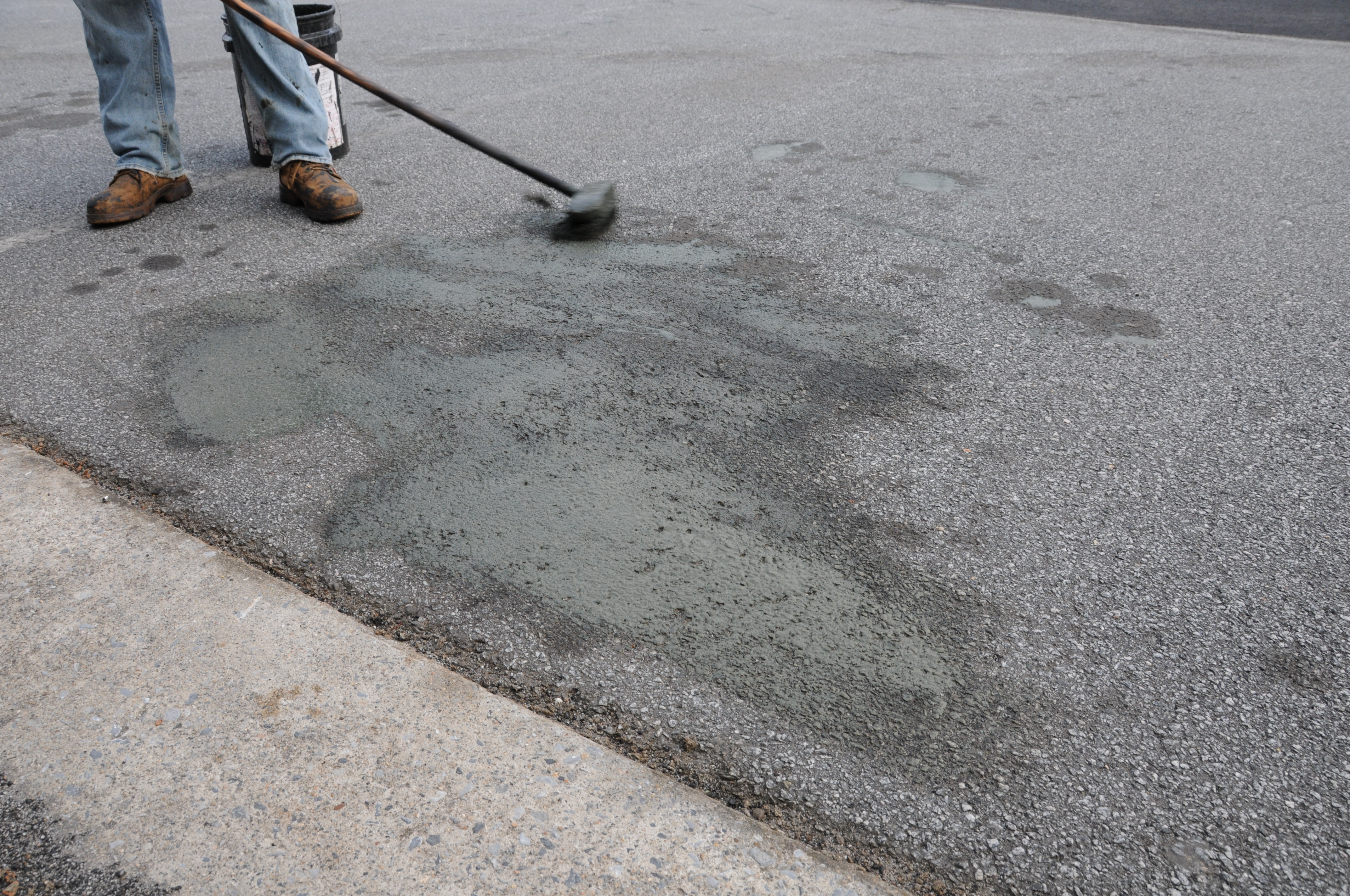 How Do You Handle Oil Stains On Asphalt Affordable